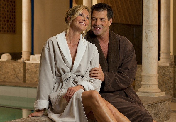 Your Guide To The Modern Bathrobe